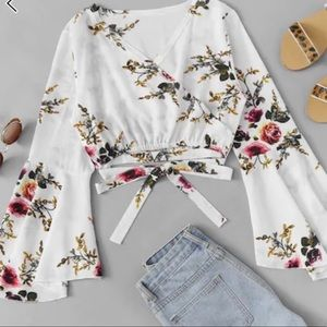 Tops - Floral Bell Sleeve Crop Top